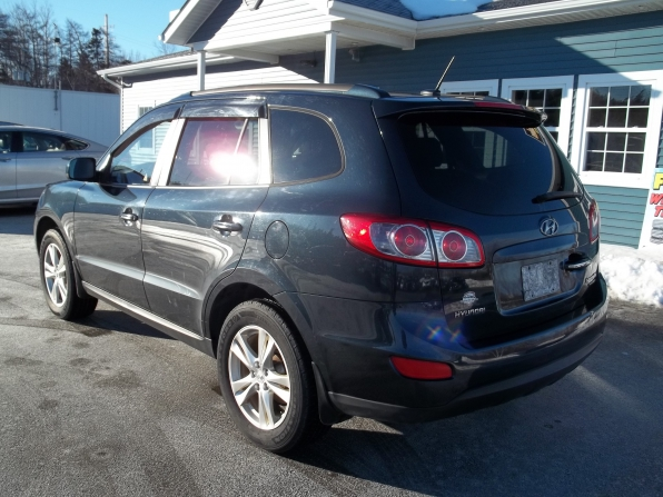 2010 Hyundai Santa Fe Photo 4