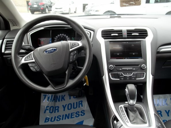 2016 Ford Fusion Photo 5