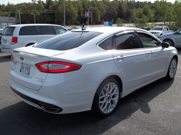 2013 Ford Fusion Photo 3