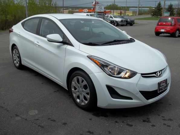 2015 Hyundai Elantra Photo 9