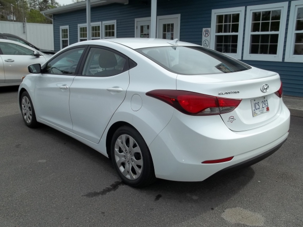 2015 Hyundai Elantra Photo 11
