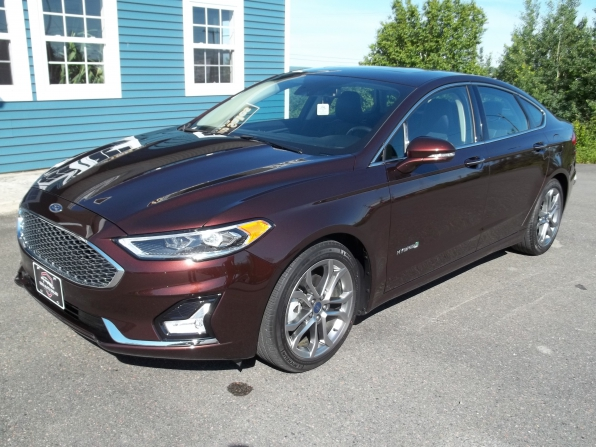 2019 Ford Fusion Photo 1