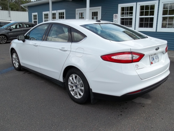 2016 Ford Fusion Photo 4