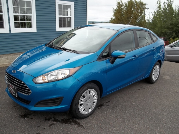 2014 Ford Fiesta Photo 1