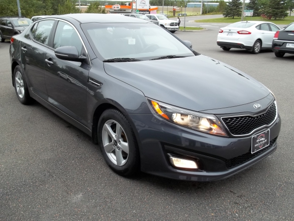 2015 Kia Optima Photo 2