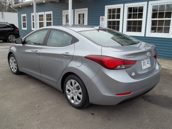 2016 Hyundai Elantra Photo 4
